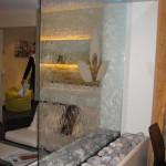 Wasserwand Glas mit Sandstrahl-Logo 2