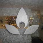 Wasserwand Glas mit Sandstrahl-Logo 3