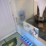 Wasserwand Glas im Ithaka Science Center Venlo